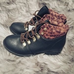 NWT Stevies Boots